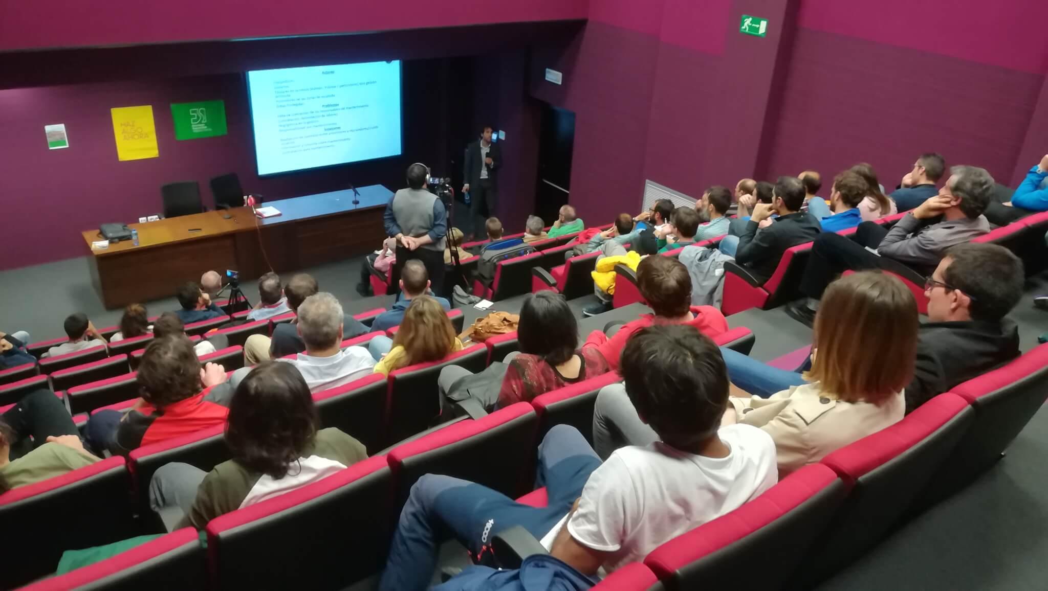 Charla-coloquio Escalada y normativa. Los peligros del vacío. En Jumilla (Murcia), 18 de abril de 2018.